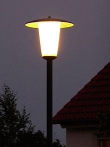 Des lampadaires à diodes électroluminescentes à Ottawa