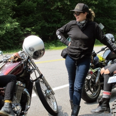 Filles de moto!