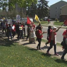 Des locataires expulsés militent à Ottawa