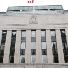 La banque du Canada a annoncé qu'elle maintient le taux directeur à 1,75%.