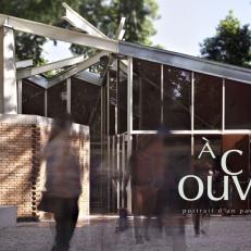 Un pavillon, un documentaire, une réalisatrice