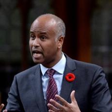 Le fédéral investit 11 millions sur cinq ans pour l'immigration francophone hors Québec