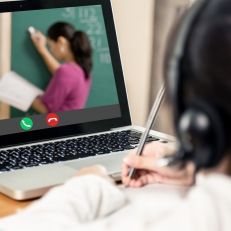 Les enjeux de l'école virtuelle