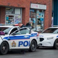 Davantage de policiers dans les rues du marché By