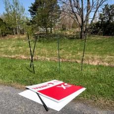 Le vol de ses pancartes est une attaque ciblée, dit Pierre Leroux